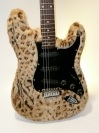 Guitar Body Hugger Furry 01