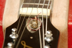 Les Paul Fake Truss Rod Small Buyer Beware   Fake/Genuine Les Paul Photo Comparison